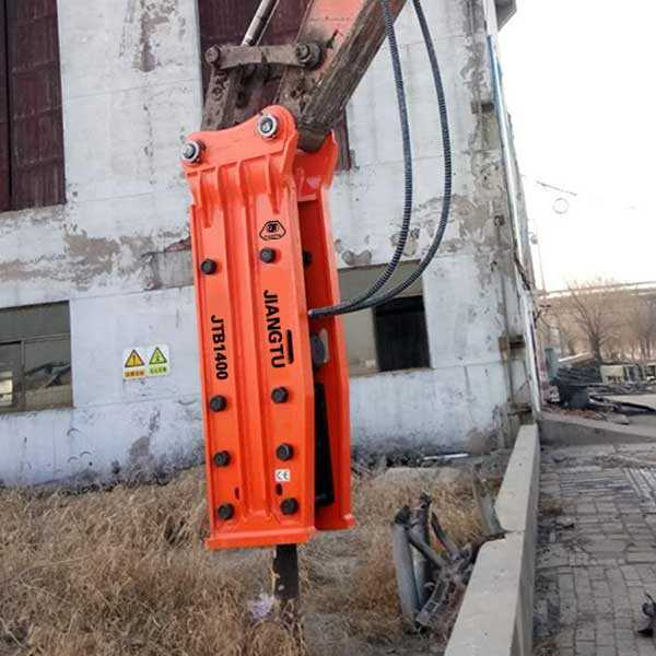 Top-Type-hydraulic-breaker-excavator-attachments for demolition-JIANGTU