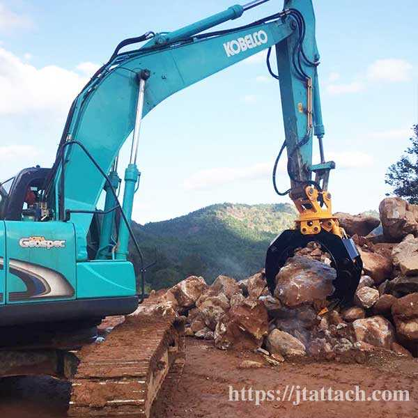 rock-stone-grab,komatsu-excavator-rotating-woodstone-grapple