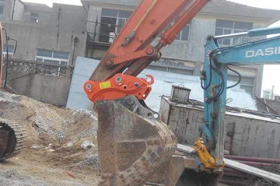 mini-excavator-quick-coupler-mini-excavator-attachment