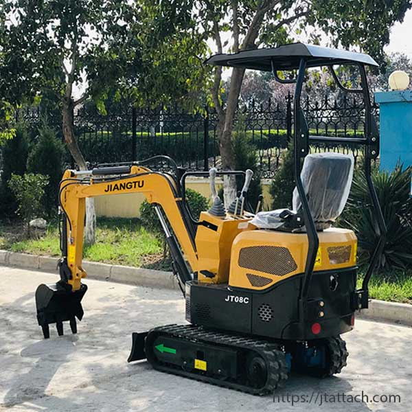 small-excavator-garden-uses-digging-with-mini-excavator