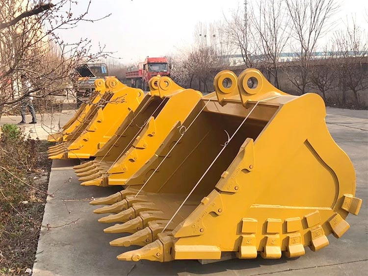 24inch-excavator-rock-bucket-For-20ton-Earthmoving-equipment