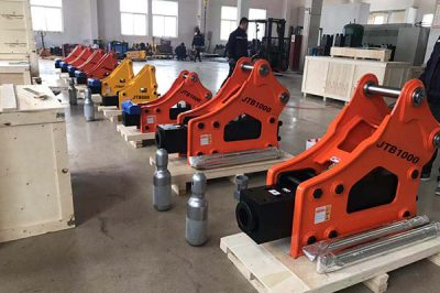 How to select a good hydraulic breaker for your excavator or backhoe?