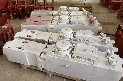 What's the accumulator of hydraulic breaker?